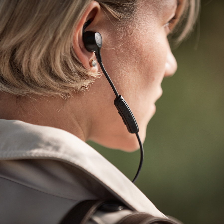 Photo of Bose QuietControl 30 Hands On: Most Advanced In-Ear Phones Ever?
