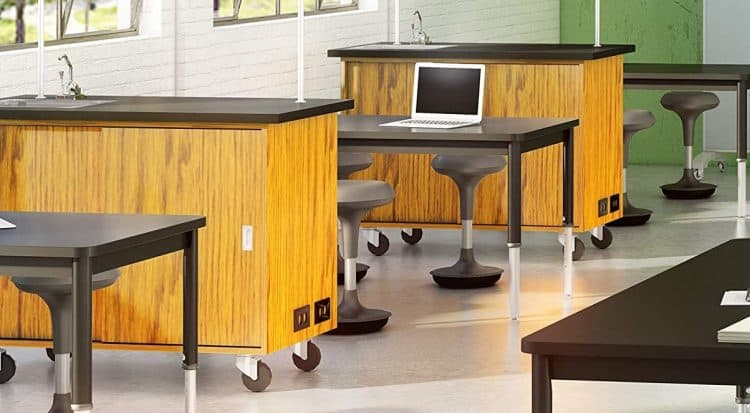 Learniture Adjustable-Height Active Learning Stool Review